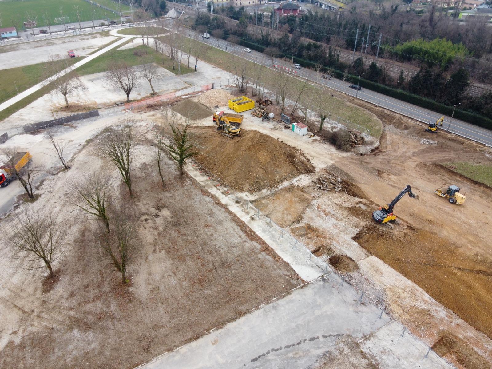 Immagine per Comitato contro il nuovo parcheggio ai Giardini della pace, domani la raccolta firme a Cormons