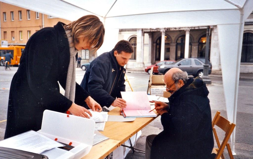 Immagine per Pene più dure contro la propaganda nazifascista, a Gorizia la raccolta firme per la nuova legge