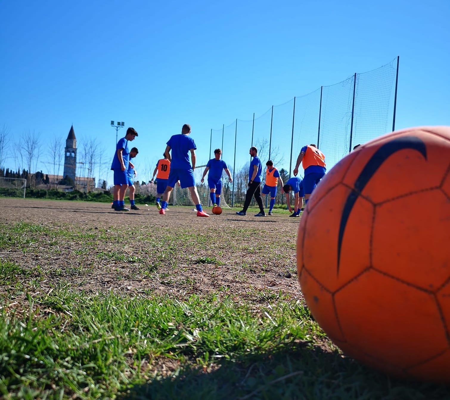 Immagine per Portarono per primi il calcio nella città romana, Aquileia festeggia cento anni di sport