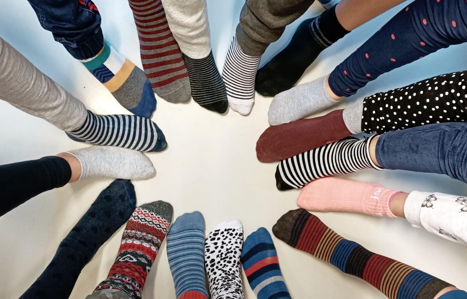 Immagine per Oggi è la Giornata dei calzini spaiati, un inno alla comprensione del «diverso»
