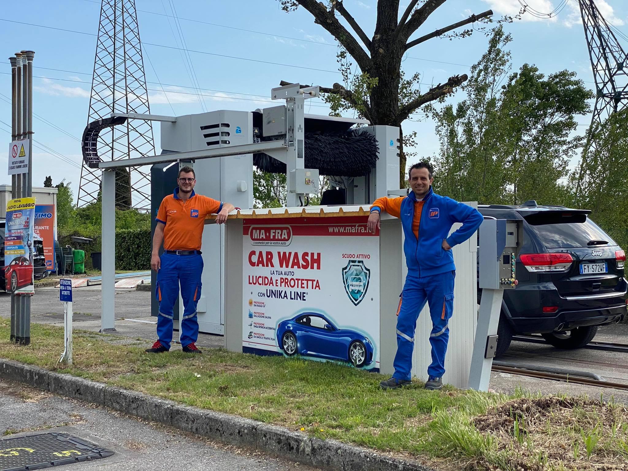 Immagine per Fogliano Redipuglia, nuova gestione per la Stazione di Servizio con l'apertura dell'autolavaggio