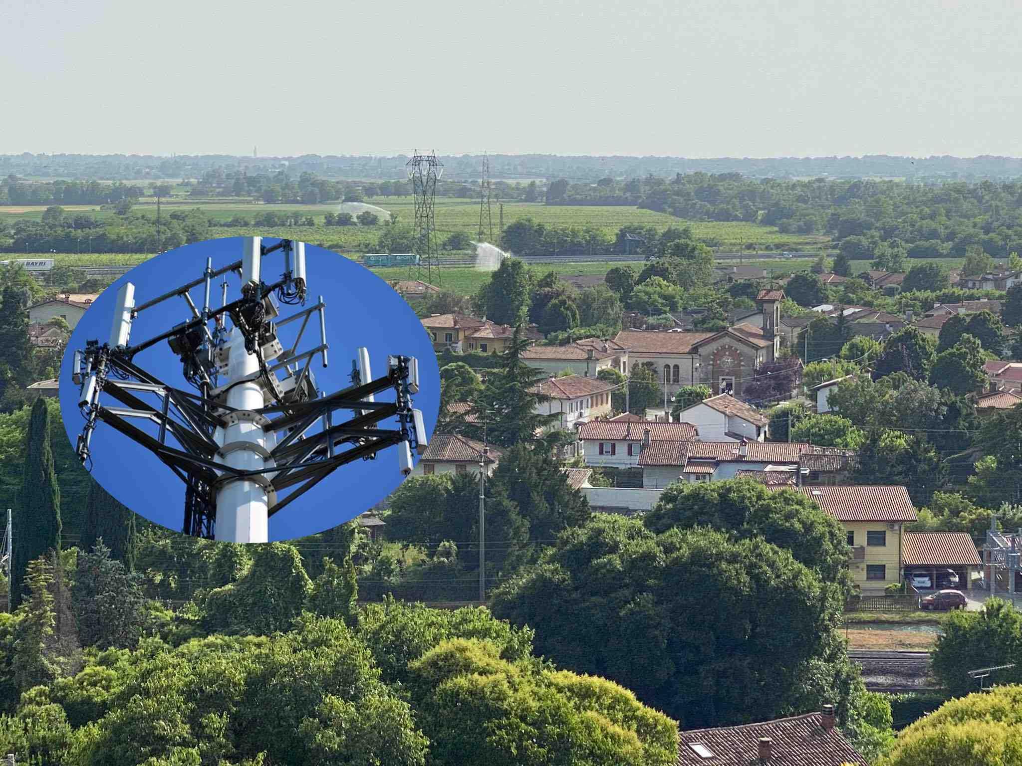 Immagine per Redipuglia, fronte dei cittadini contro la costruzione di un'antenna nel cuore del paese