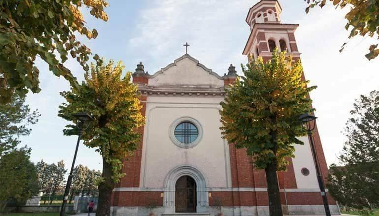 Immagine per Il presepe delle clarisse di Gorizia cambia casa a causa del Covid e rende omaggio alla Madonna del Preval
