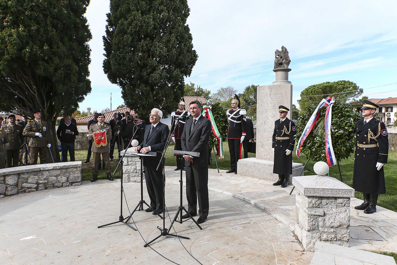 Immagine per Morirono sul Carso per difendere Gorizia, un libro racconta il monumento ai soldati di Doberdò