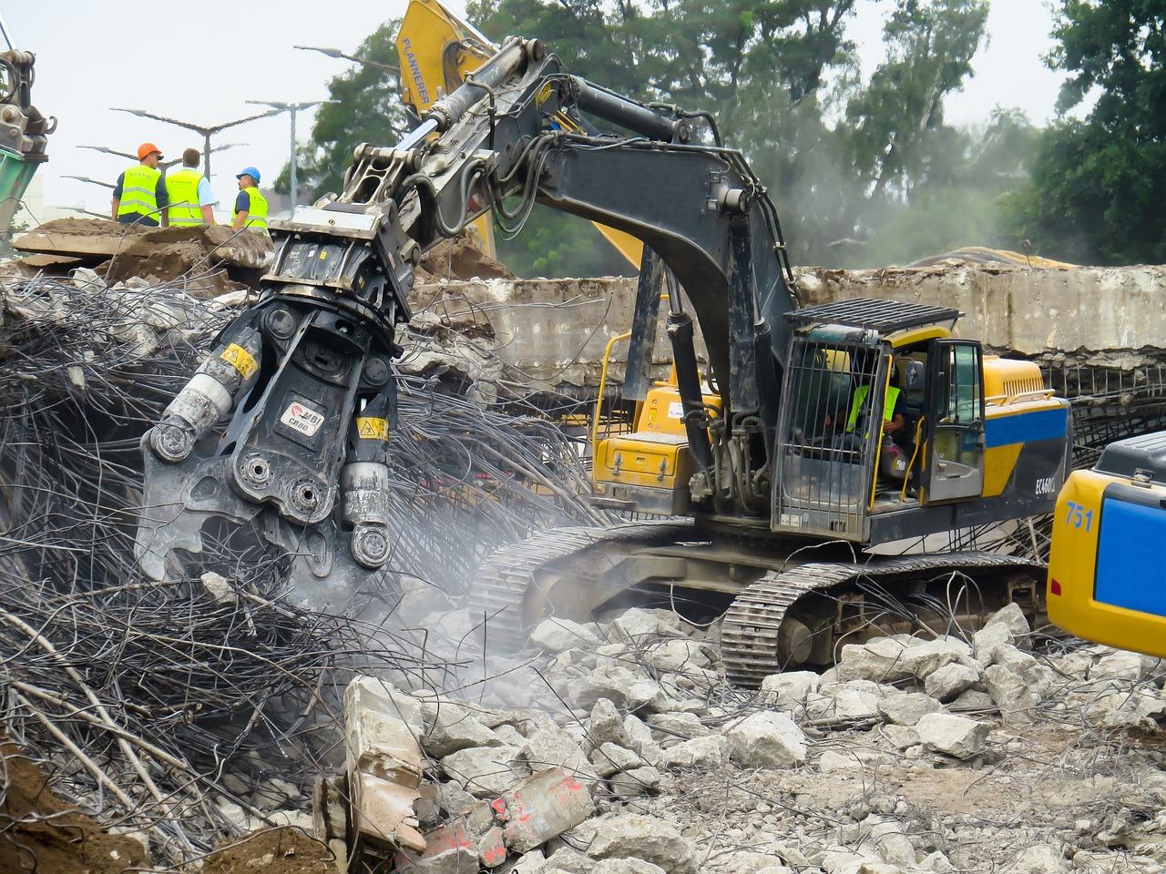 Immagine per Case e immobili abusivi, a Gorizia eseguiti metà degli ordini di demolizione