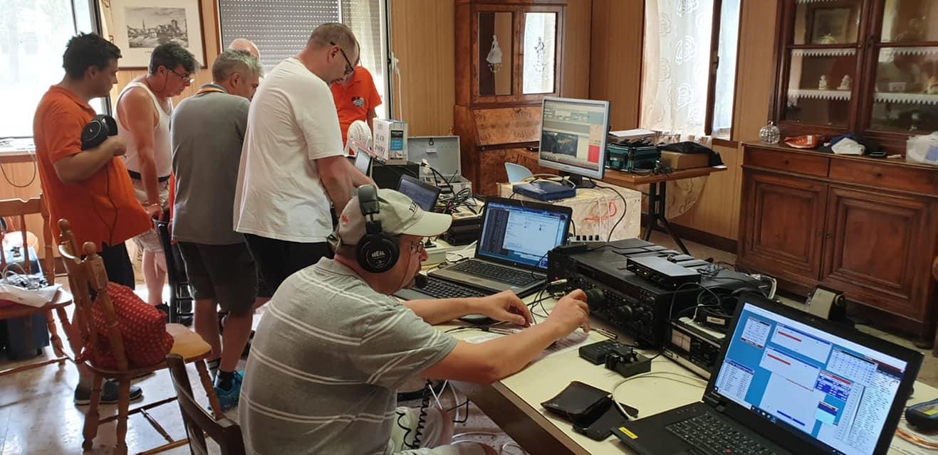 Immagine per Radioamatori in gara a Barbana, sfida mondiale per collegarsi con l'isola