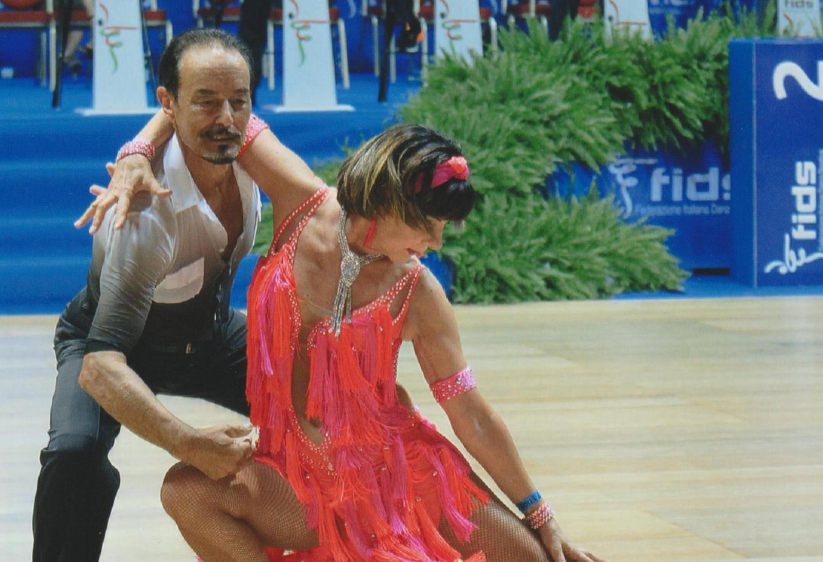 Copertina per Una coppia di Gorizia si laurea campione d'Italia di ballo, nuovo successo a Rimini