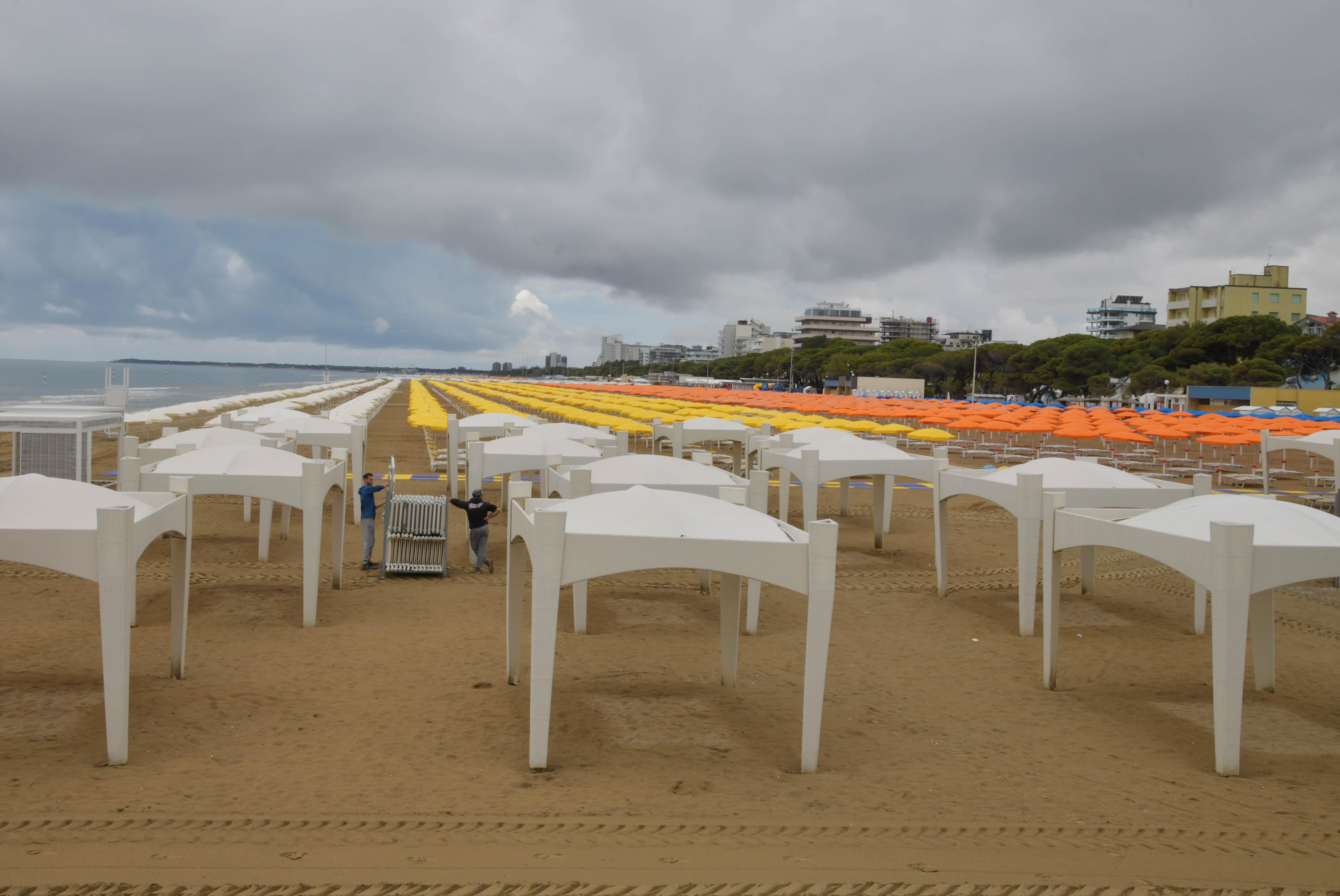Immagine per Grado e Marina Julia pronte per l'estate, ecco come accedere in spiaggia in sicurezza