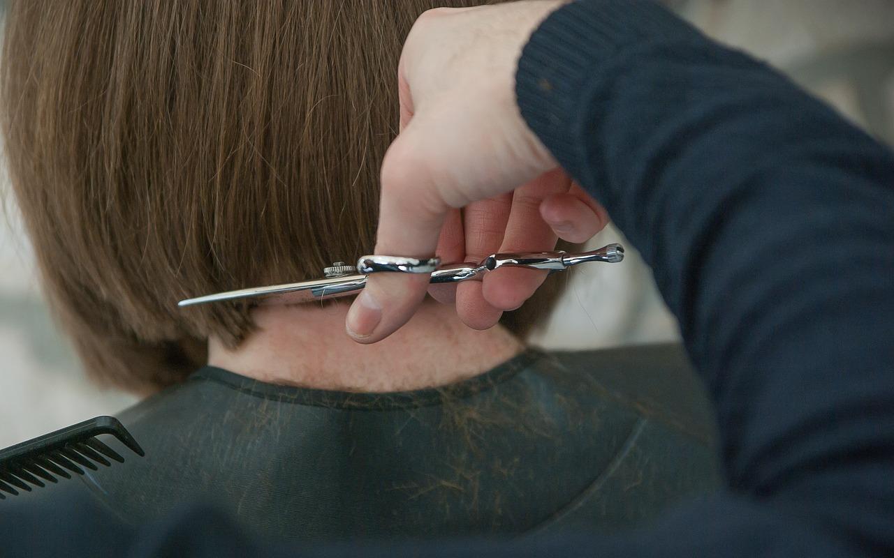 Immagine per Parrucchieri in piazza per donare capelli a chi non ne ha, solidarietà a Monfalcone