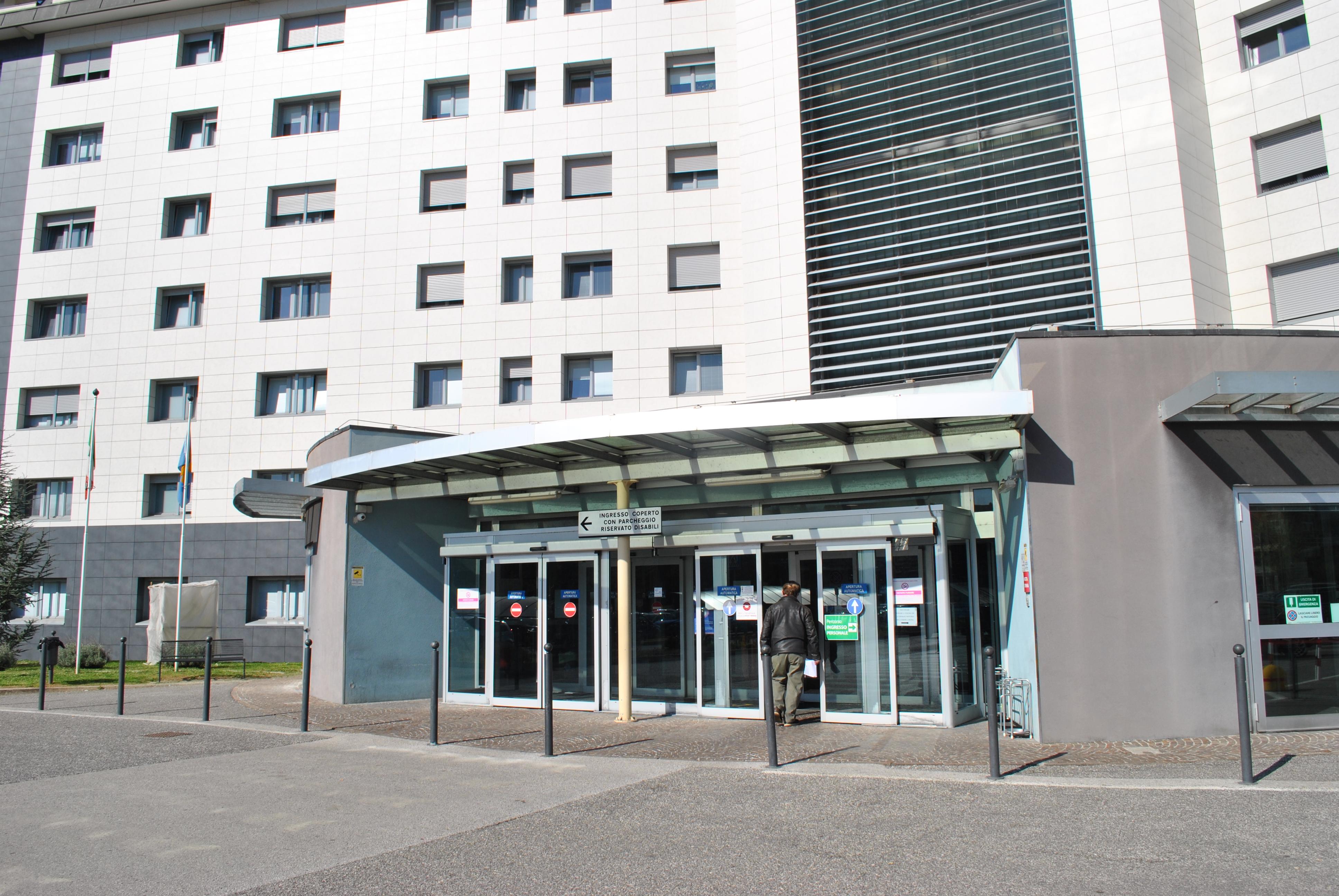 Copertina per La pandemia allenta la morsa sull'ospedale di Gorizia, entro fine maggio sarà Covid-free