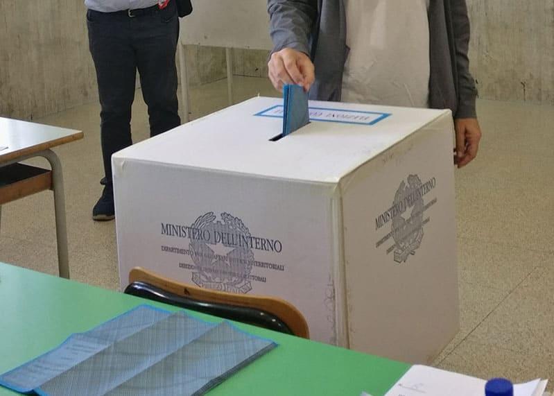 Immagine per Elezioni 2021, affluenza sotto il 40% nei comuni al voto in Fvg